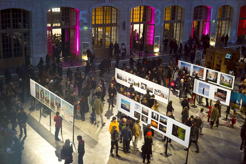 The Festival's opening night at the 104 - CentQuatre. Source: festival-circulations.tumblr.com
