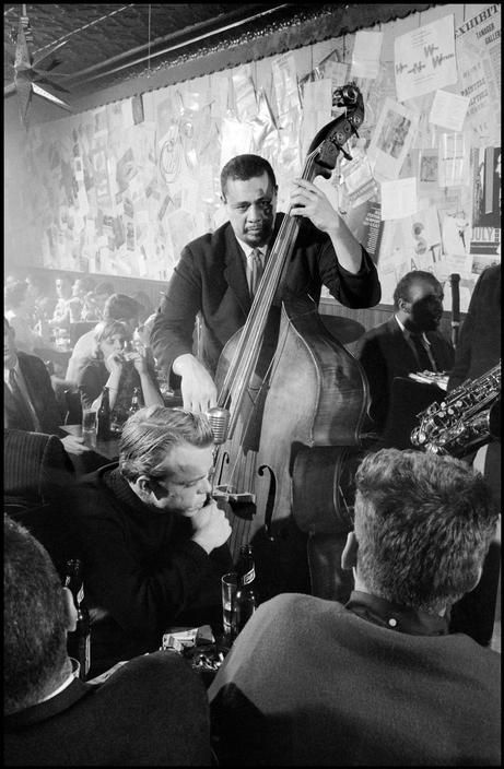 charles-mingus-at-the-five-spot-cafe-dennis-stock
