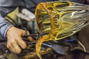 Open Call SUMMER STUDENT RESIDENCY Handblown Glass